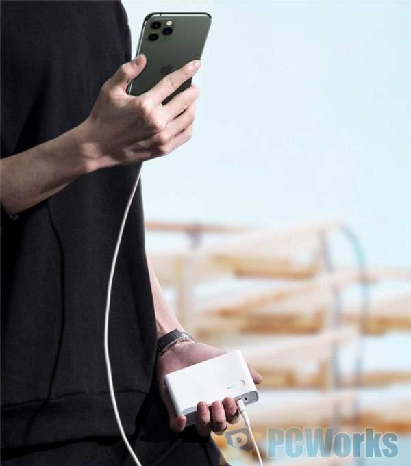 小米有品上架GaN二合一充电宝:可折叠插脚 45W能充笔记本